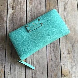 Kate Spade Lacey Full-Zip Wallet Light Blue